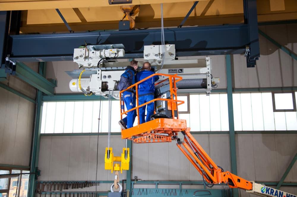 Erection of hoisting equipment - 1