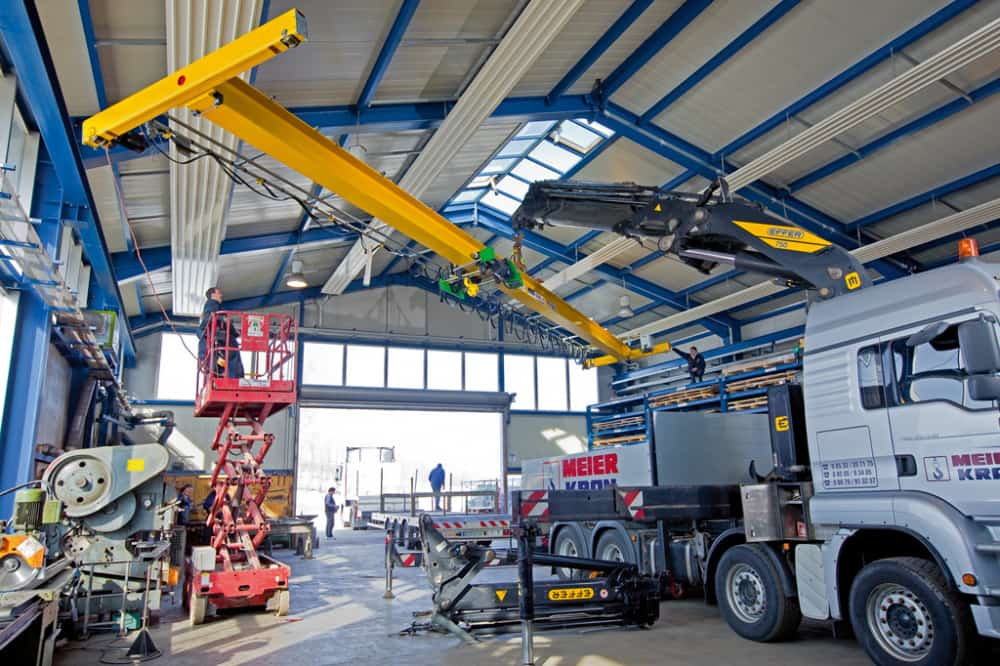 Erection of hoisting equipment - 5
